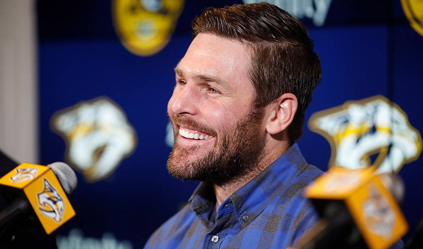 Forward Mike Fisher signs 1-year deal to return to Predators