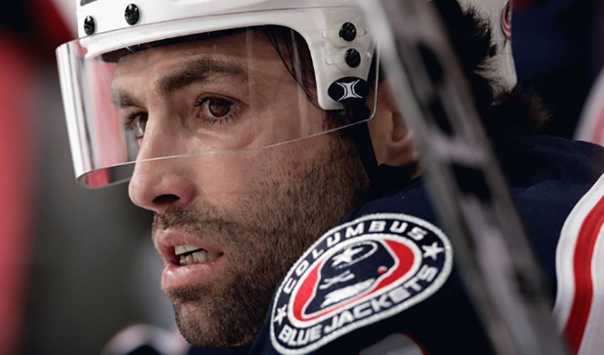 Michael Peca Retires After 13 NHL Seasons