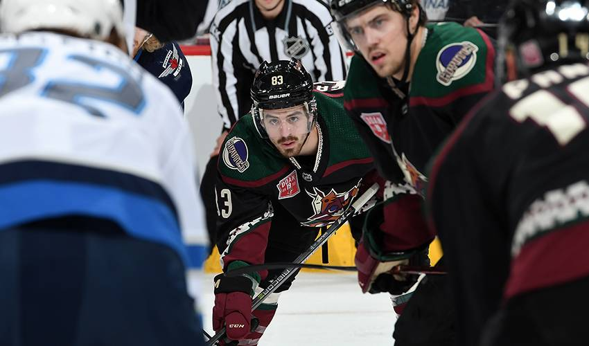 Coyotes sign Garland to 2-year contract extension