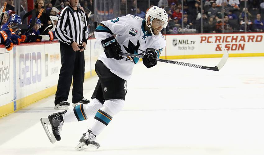 Sharks sign F Barclay Goodrow to 2-year extension