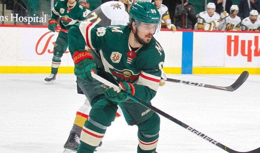 Wild RW Johansson out with broken arm after Game 3 injury