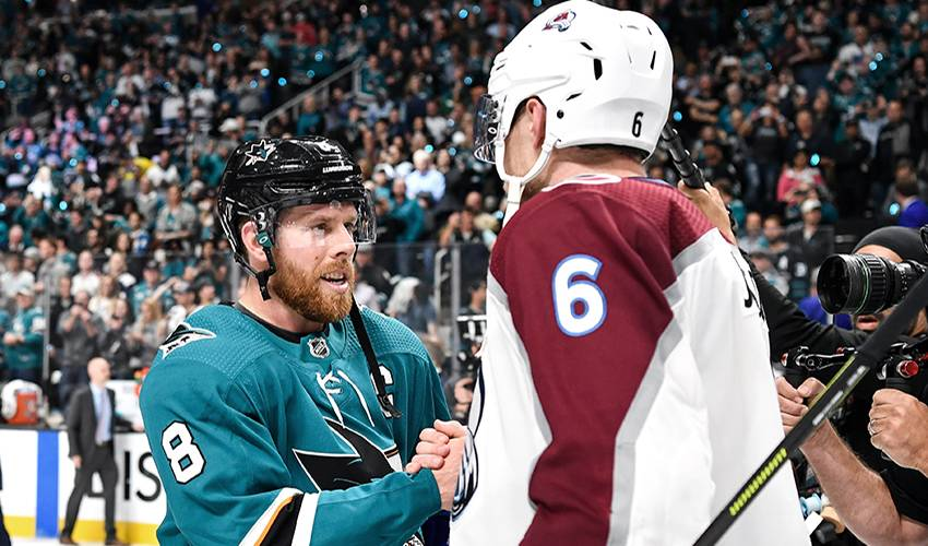 Healthy Pavelski helps lead Sharks back to conference final
