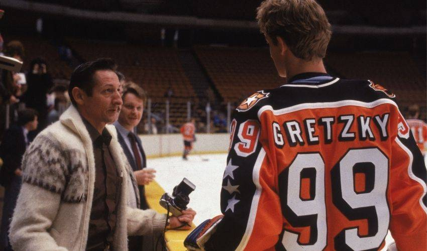 Hockey world paying tribute to the Great One's father, Walter Gretzky