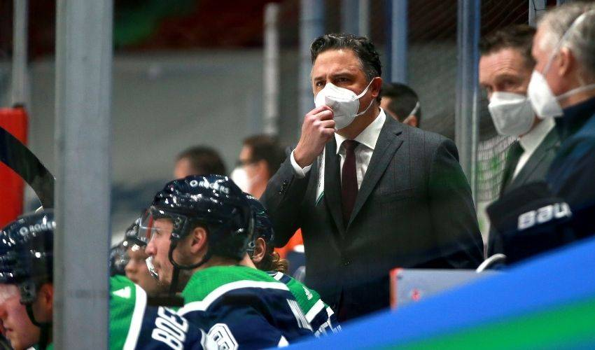 Canucks-Flames postponed with two Vancouver players, one coach in COVID-19 protocol
