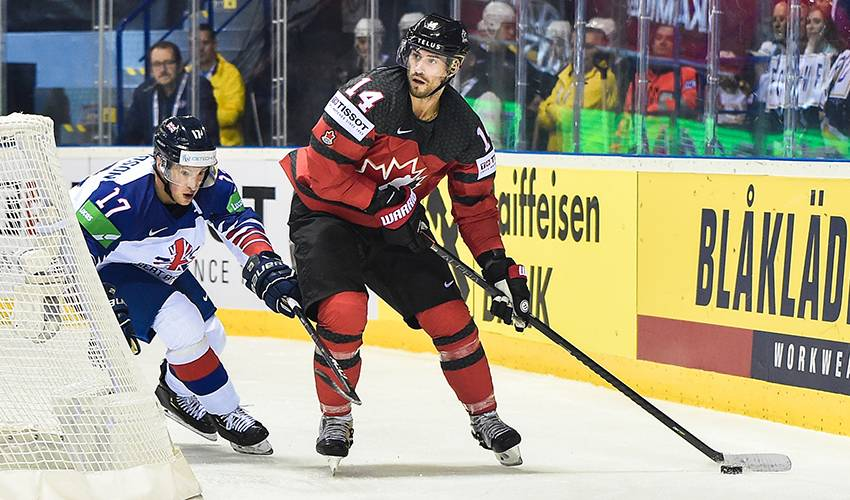 Henrique honoured to don red and white again