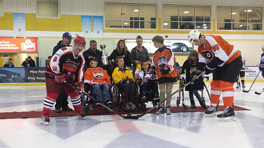 Lindros helps raise $330,000 for Easter Seals | NHLPA com