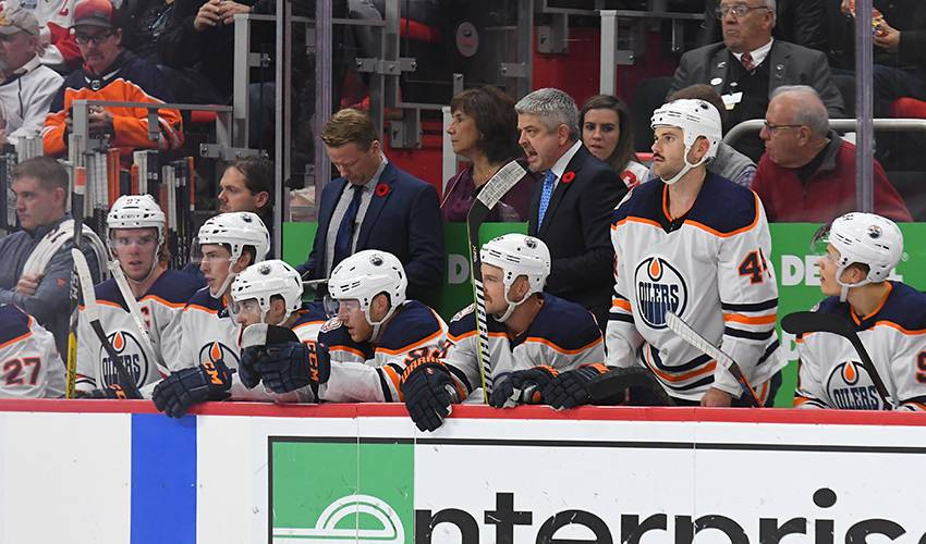 Struggling Oilers fire head coach Todd McLellan, replace him with Ken Hitchcock