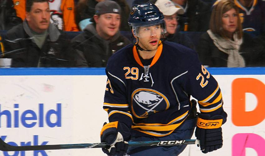 Pominville, Sabres Look to Rattle the Competition