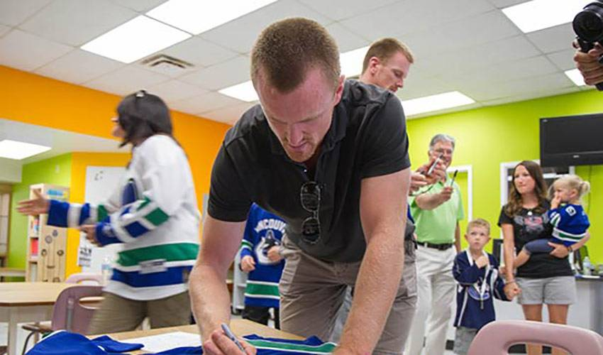Family Matters For The Sedins