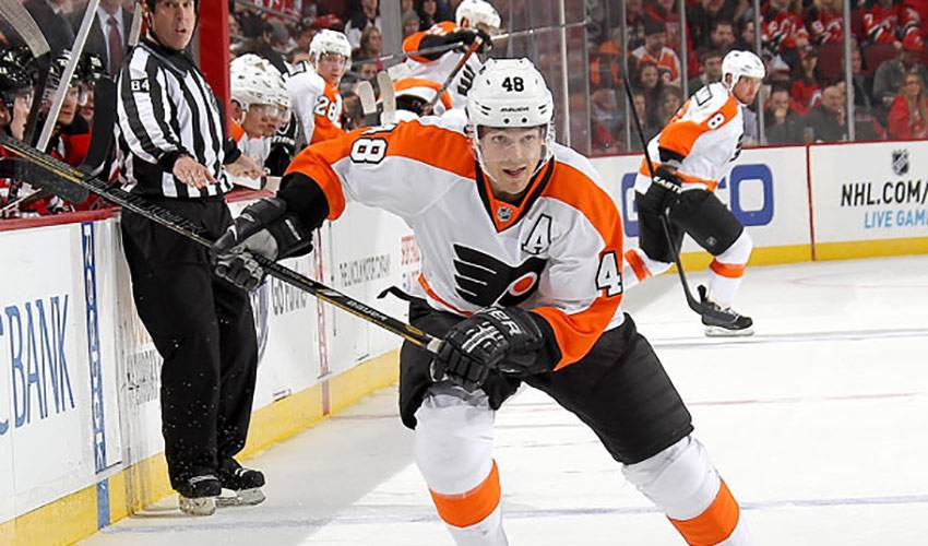 Between The Bluelines With Daniel Briere
