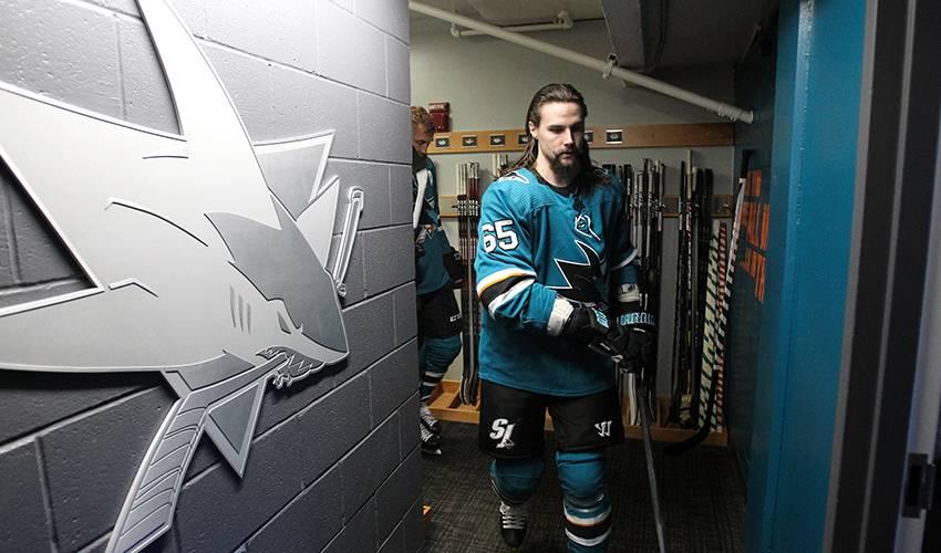 Sharks sign D Erik Karlsson to $92M, 8-year deal