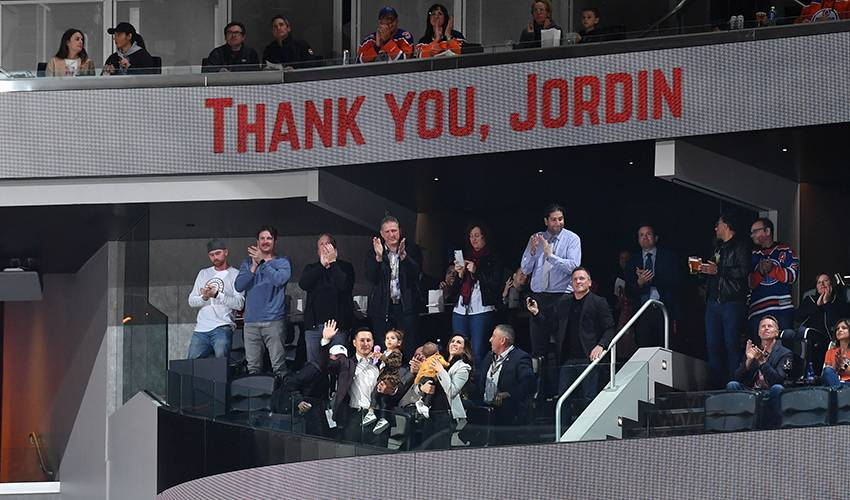 Jordin Tootoo, first Inuk player in NHL, retires after 13 seasons