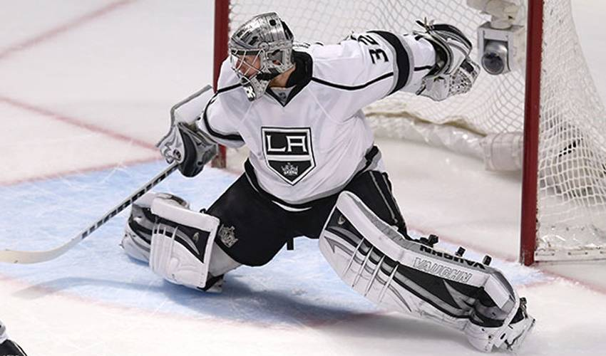 Jonathan Quick Is A Proud Dad