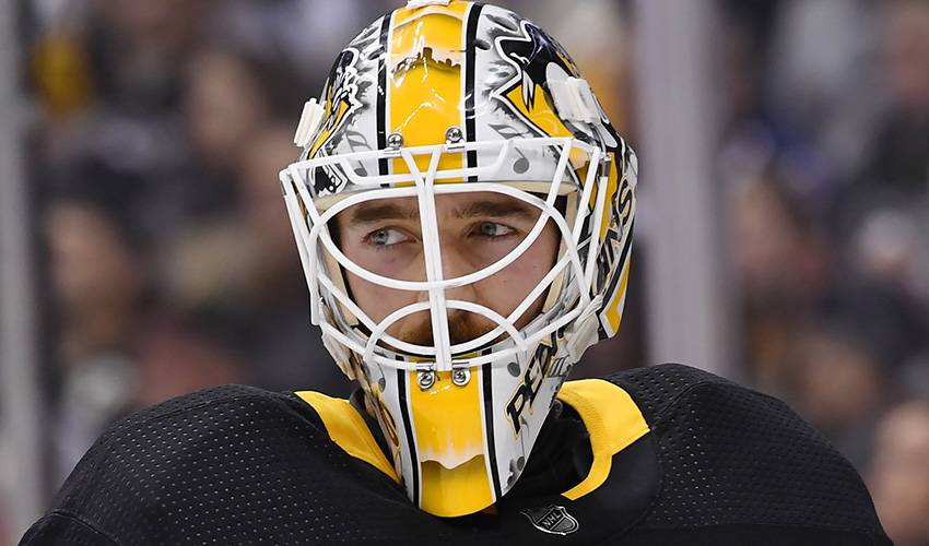 Penguins G Murray takes leave after father's death