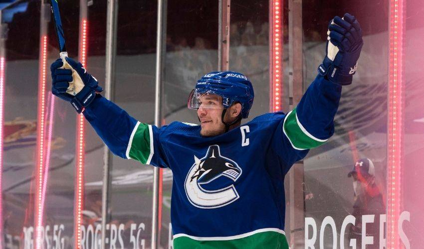 Horvat dominant as Canucks earn 3-2 OT win over Leafs in return from COVID outbreak
