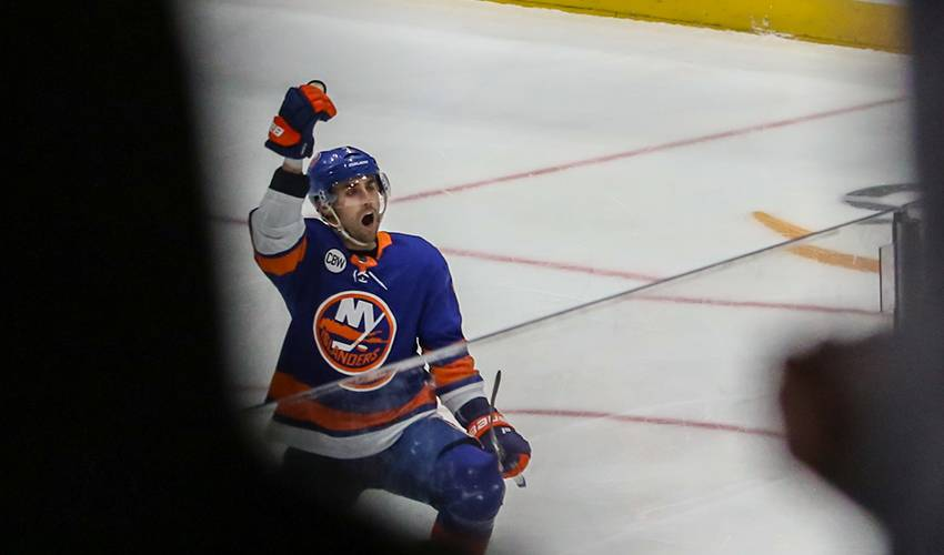 Islanders agree to terms with Eberle on $27.5M, 5-year deal