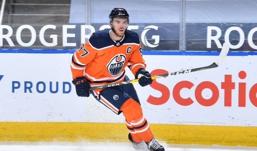 Edmonton Oilers' Connor McDavid named NHL North Division's top player for January