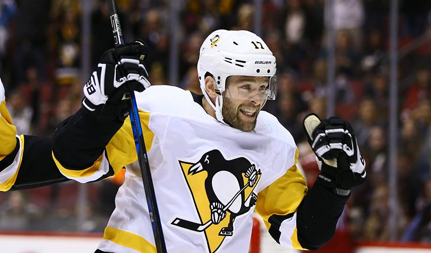 Penguins sign F Bryan Rust to 4-year deal
