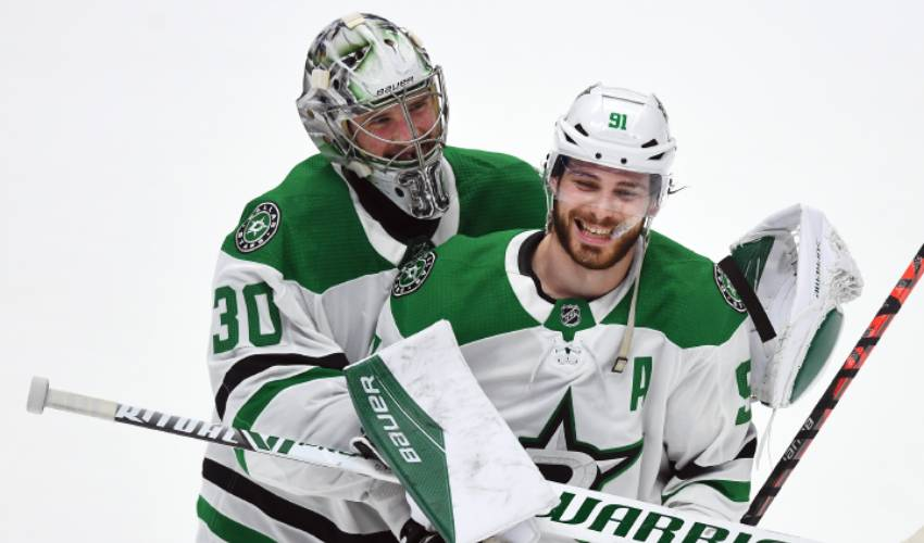 Stars teammates kept each other's spirits up, bodies ready