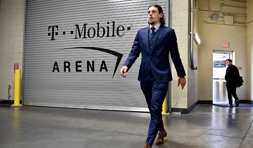 Vegas deals F Erik Haula to Carolina in cap-relief deal