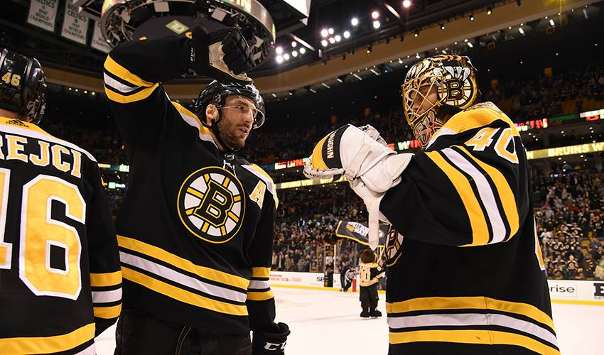 Rask sets the tone for Bruins