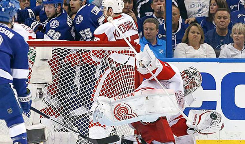 Petr Mrazek – Playoff Performer of the Night