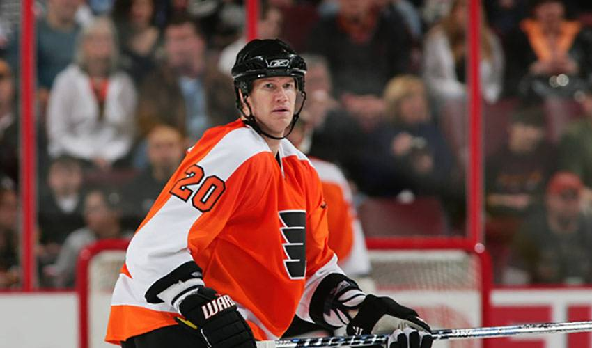 Pronger Still Has Passion for the Game
