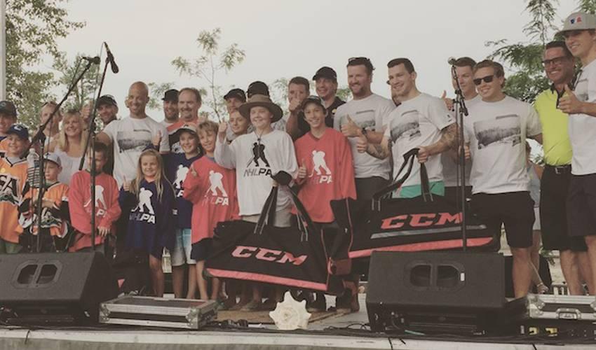 NHLPA Community Celebration Visits Kalamalka Beach