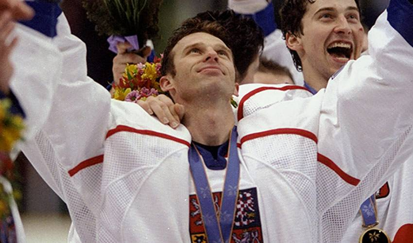 Hasek reminisces Czech golden moment